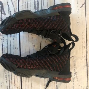Nike Lebron 16's
